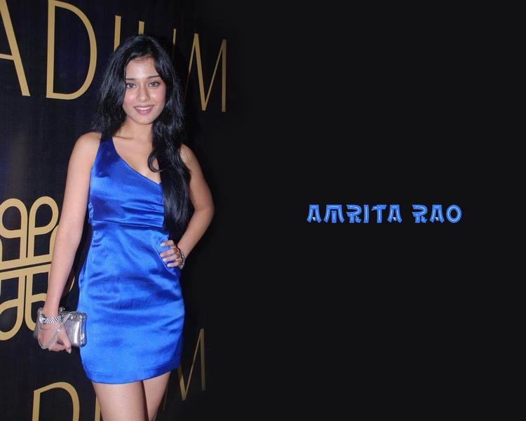 Amrita Rao Long Hair Wallpaper In Blue Dress