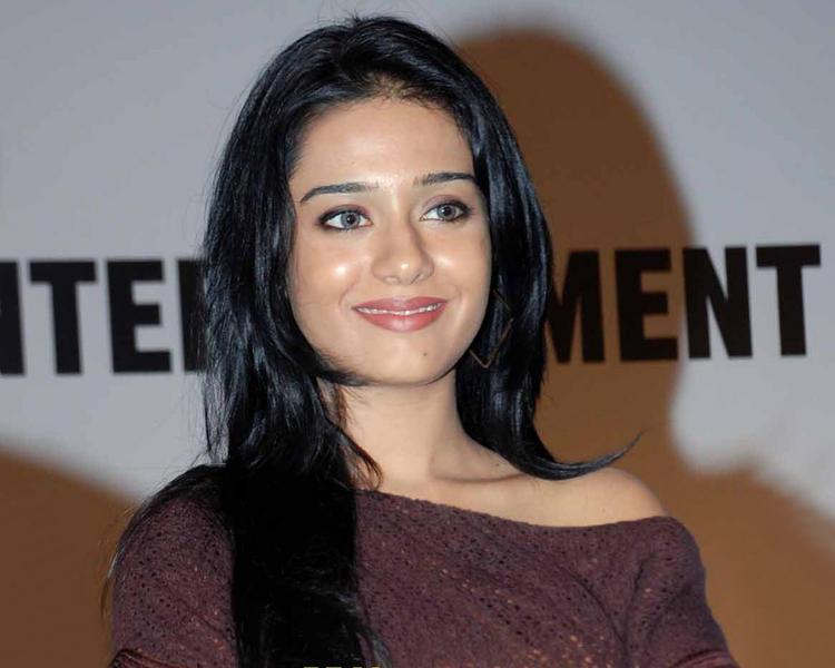 Amrita Rao Sweet Dazzling Face Still