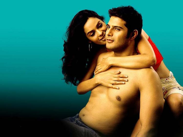 Mallika Sherawat and Himanshu Malik Hot Scene Pic In Khwahish