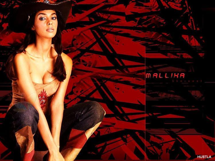 Mallika Sherawat Latest Glamour Wallpaper