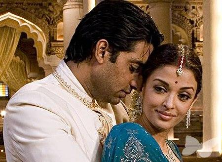Abhishek Bachchan and Aishwarya Romance Still In Guru