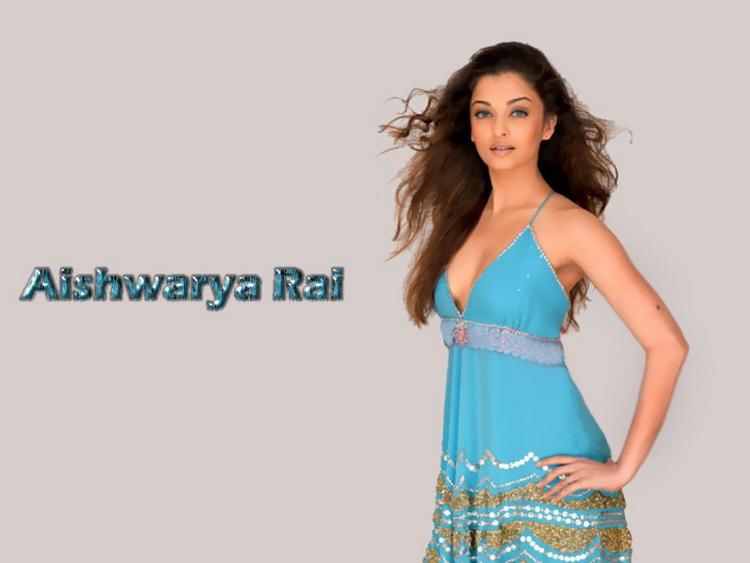 Aishwarya Rai Sexiest Wallpaper