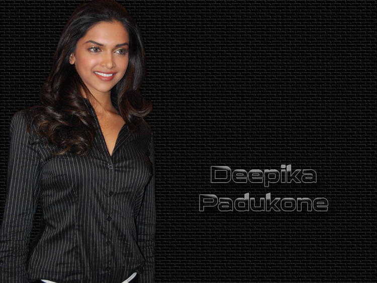 Deepika Padukone Glamour Wallpaper In Black Shirt