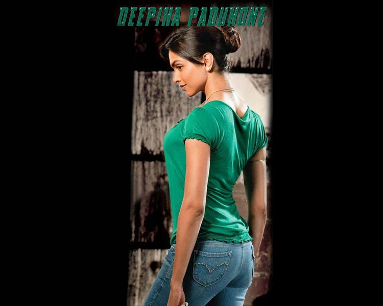 Deepika Padukone Hot Wallpaper In Green T Shirt and Jeans
