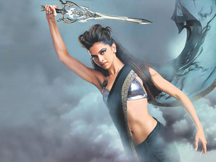 Deepika Padukone Navel Show Latest Hot Wallpaper