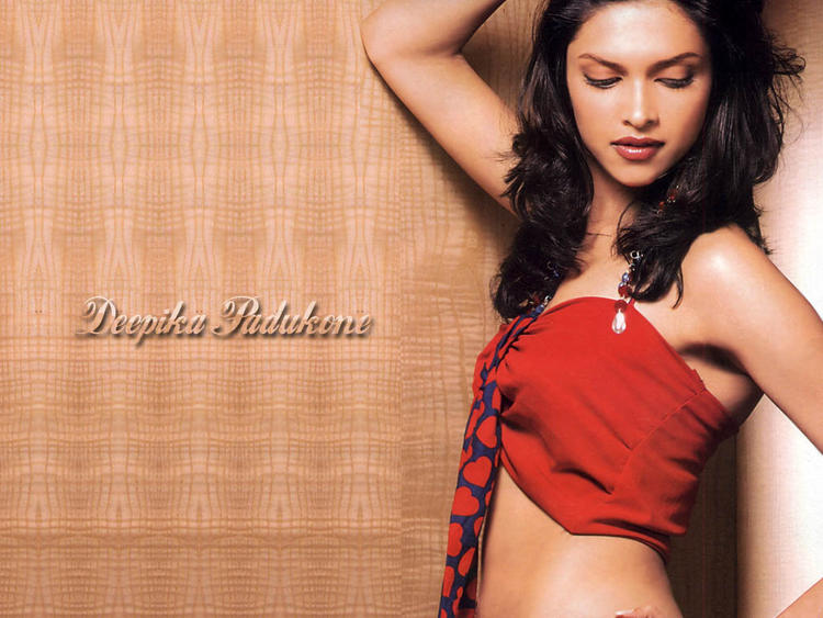 Spicy Actress Deepika Padukone Hot Sizzling Wallpaper