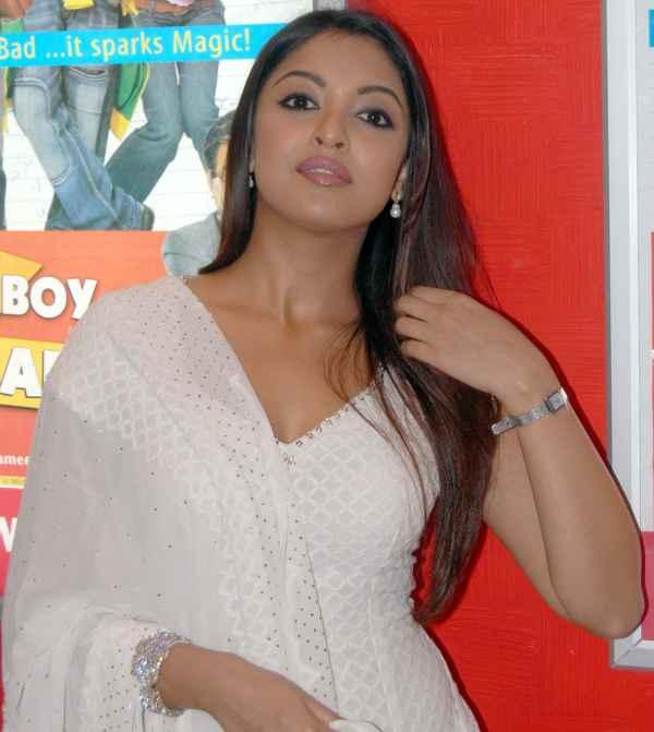 Tanushree Dutta Hot Sexy Still