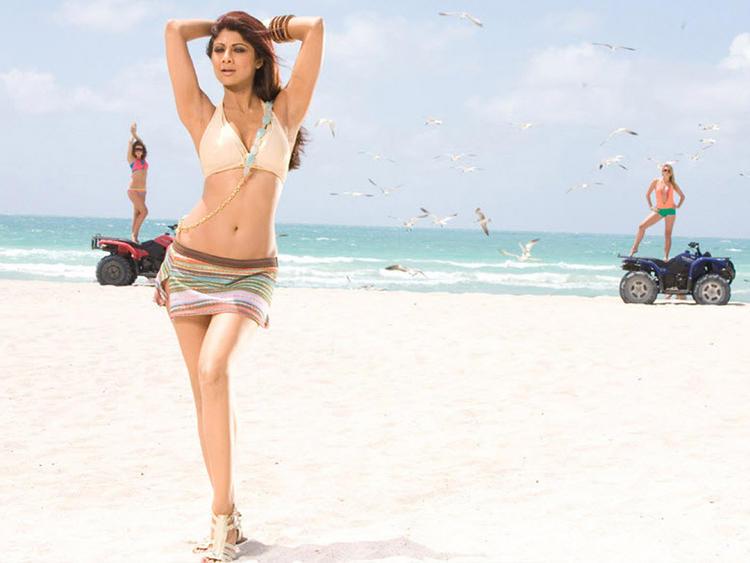 Shilpa Shetty Sexy Slim Figure Showing Still