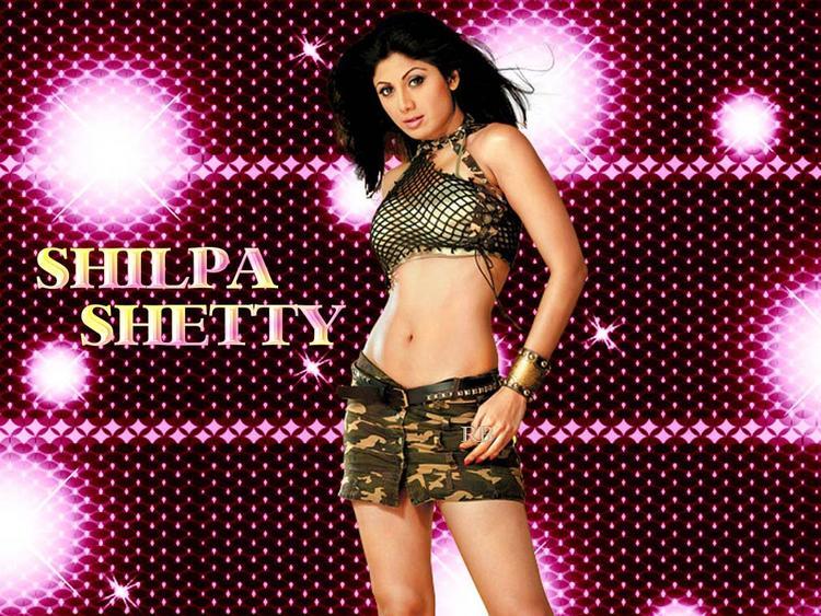 Shilpa Shetty Wet Outfit Wallpaper