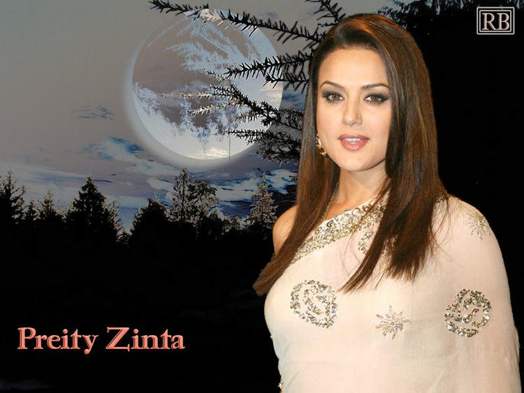 Preity Zinta Beautiful Wallpaper In Saree