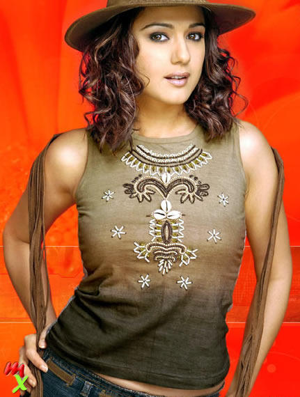 Preity Zinta Curly Hair Cute Hot Look Wallpaper