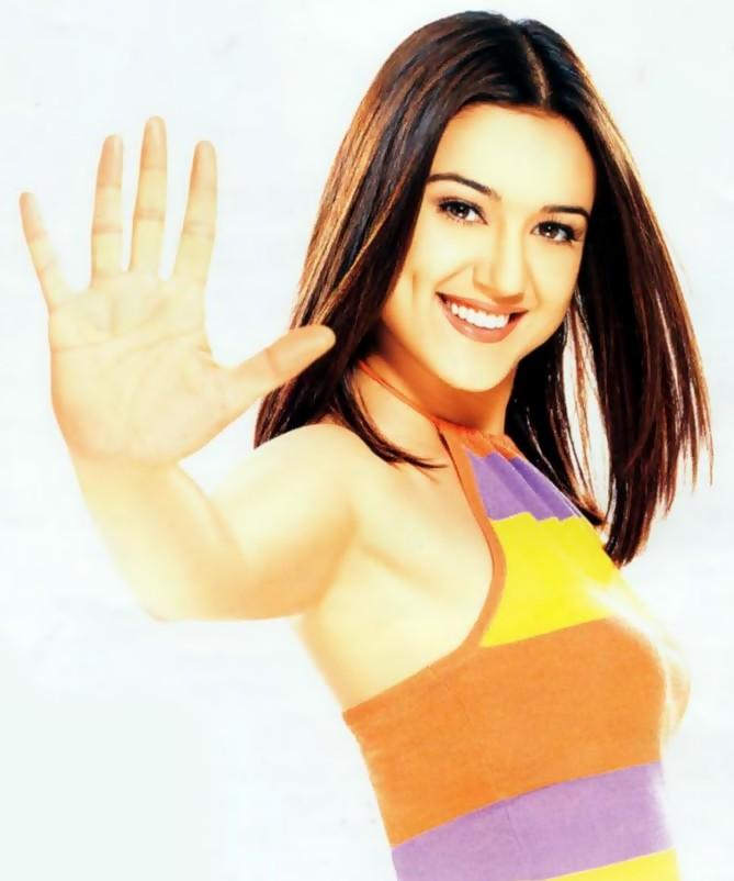 Preity Zinta Sexy Sweet Wallpaper