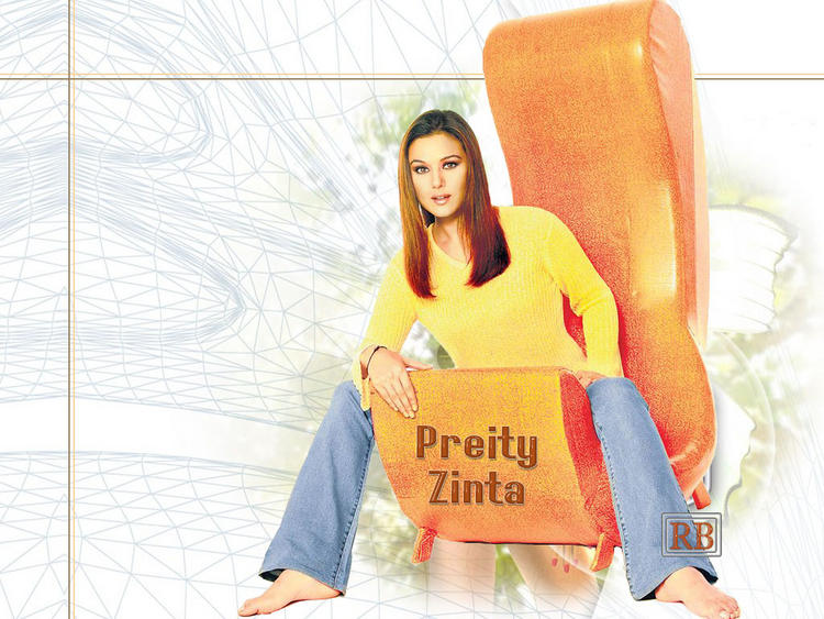 Preity Zinta Stylist Wallpaper