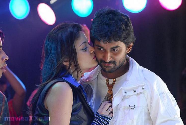 Sneha Ullal Kiss Still