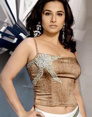 Vidya Balan Hot Look Pics