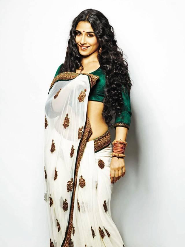 Vidya Balan Sexy In Saree Wallpaper