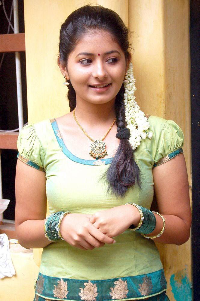Reshma Menon Cute Face Stunning Pic