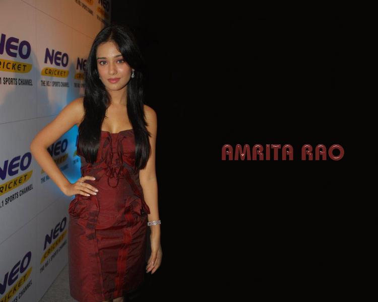 Amrita Rao Beautiful Wallpaper In Maroon Color Dress