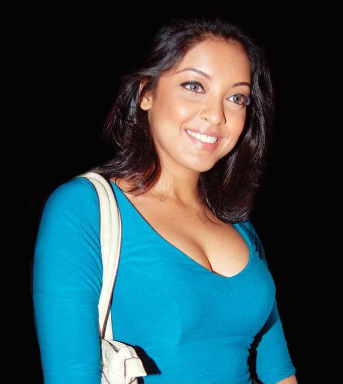 Tanushree Dutta Glamour Look Still