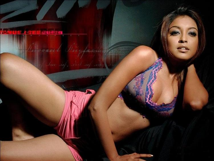 Tanushree Dutta Shocking Still