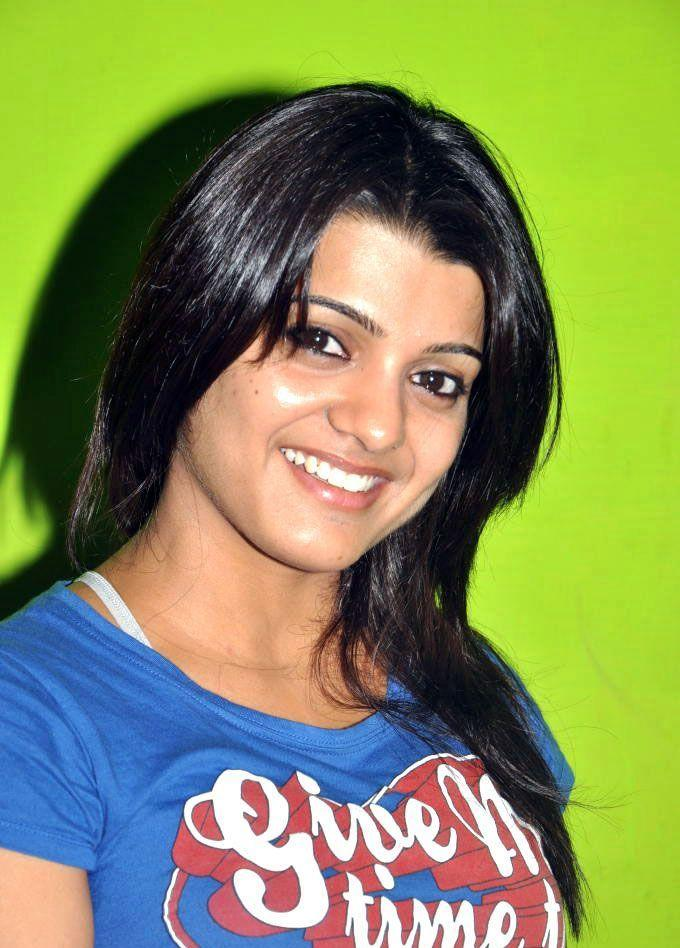 Tashu Kaushik Gorgeous Still
