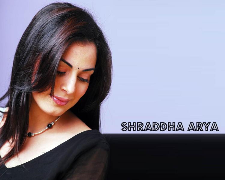 Glamorous Shraddha Arya Nice Photo Shoot