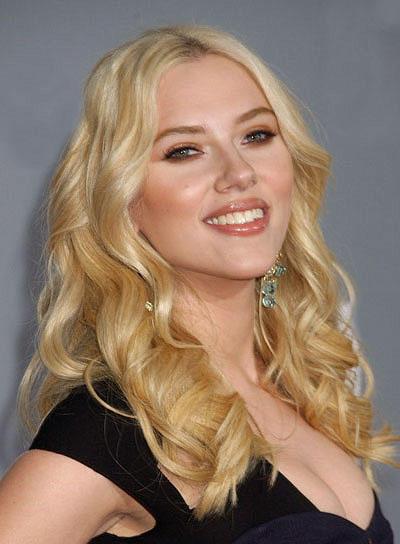 Scarlett Johansson Beauty Smile Pic