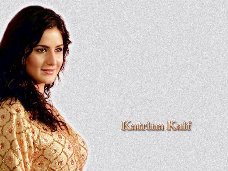 Katrina Kaif Deadly Smile Wallpaper