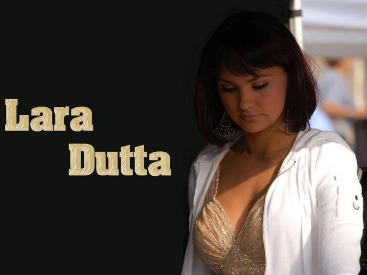 Lara Dutta Fresh Look Wallpaper