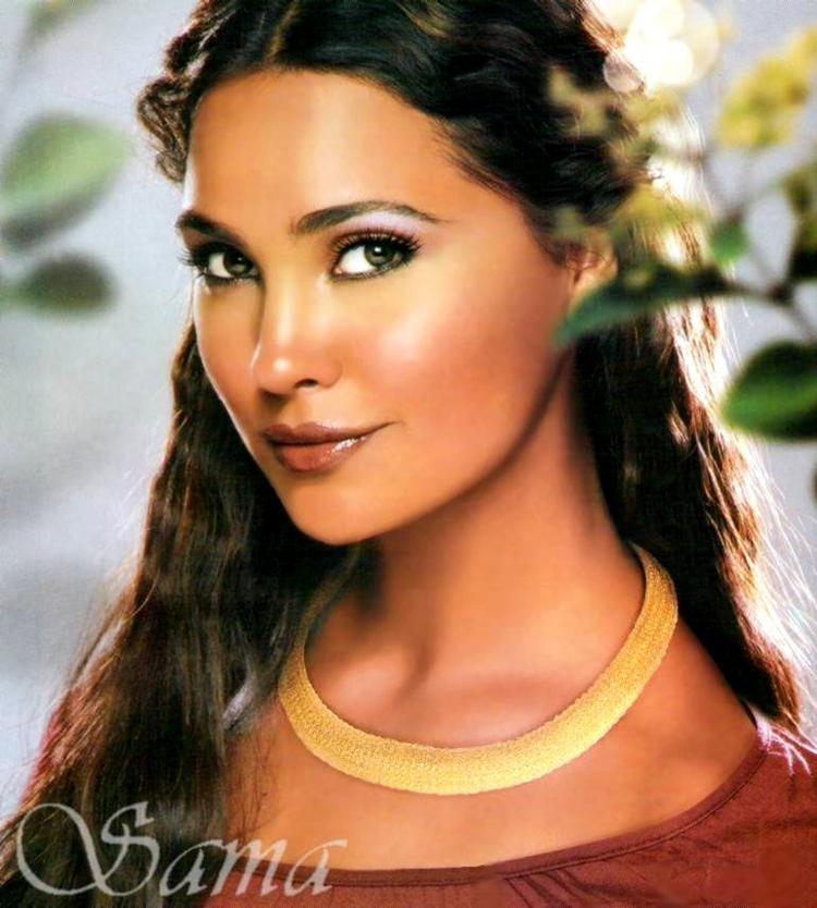 Lara Dutta Stunning Face Look Wallpaper