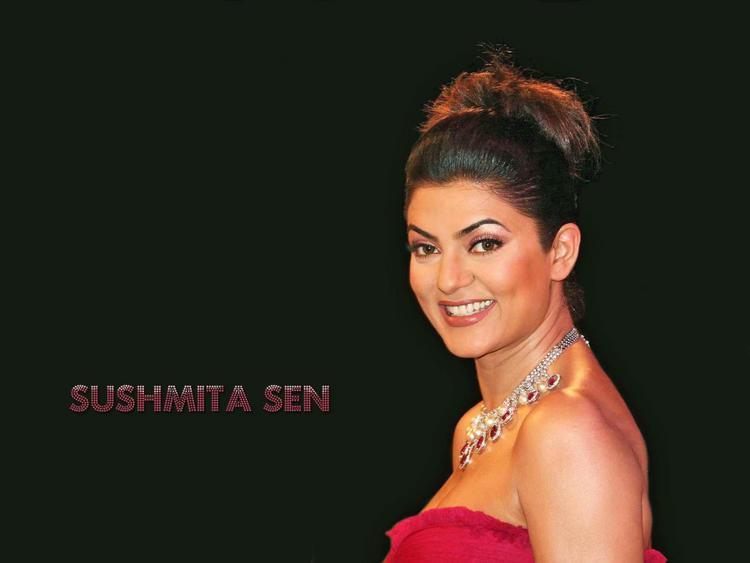 Gorgeous Beauty Sushmita Sen Wallpaper