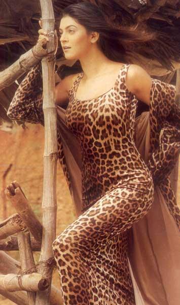 Sushmita Sen Latest Wallpaper In Cheetah Print