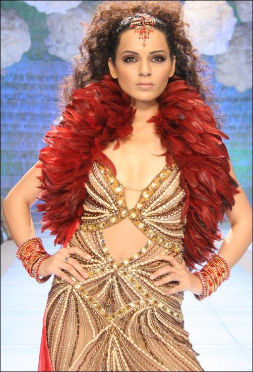 Kangana Ranaut Sexy Dress Hot Pic