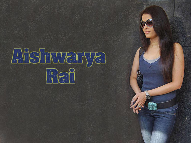 Aishwarya Rai Hot Stylist Wallpaper