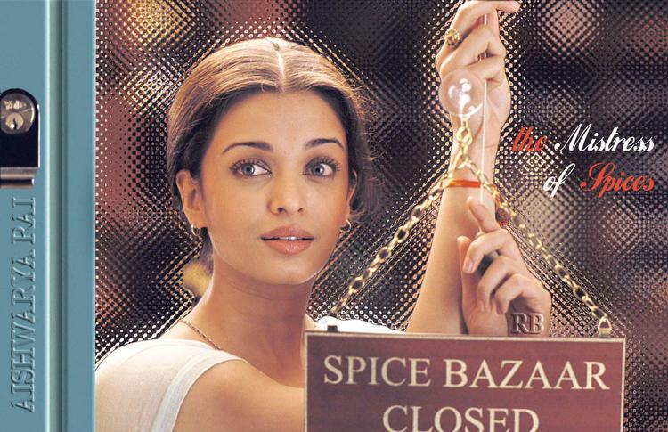 Simple Beauty Aishwarya Rai Wallpaper