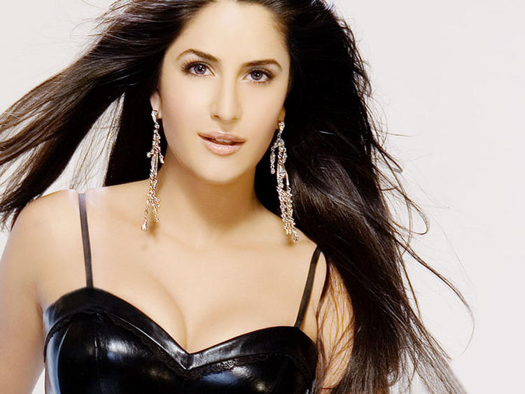 Katrina Kaif Latest Sexiest Wallpaper