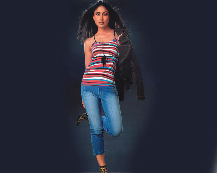Kareena Kapoor Stylist Look Wallpaper