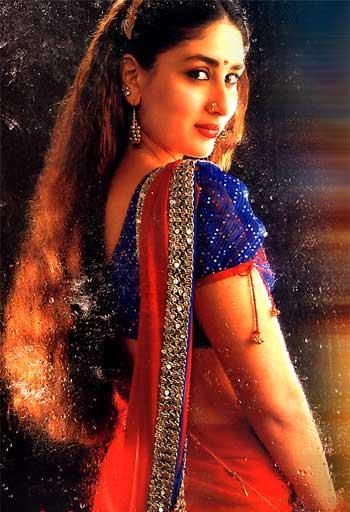 Kareena Kapoor Wearing Saree Wallpaper