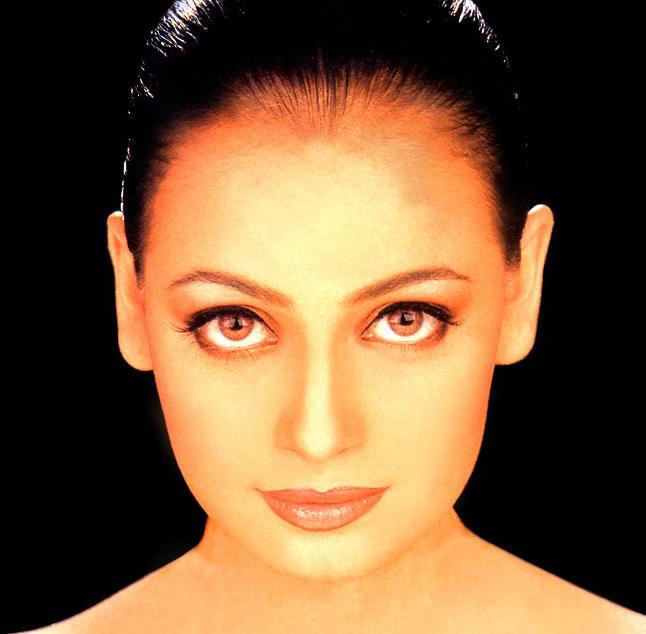 Diya Mirza Hot Glazing Eyes Look Still