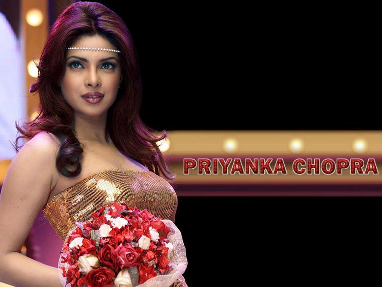Priyanka Chopra Fashionable Look Photo