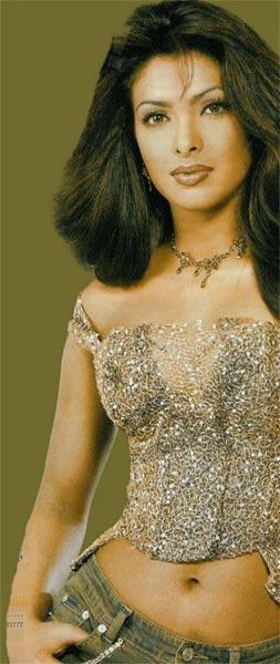 Priyanka Chopra Glorious Look Wallpaper