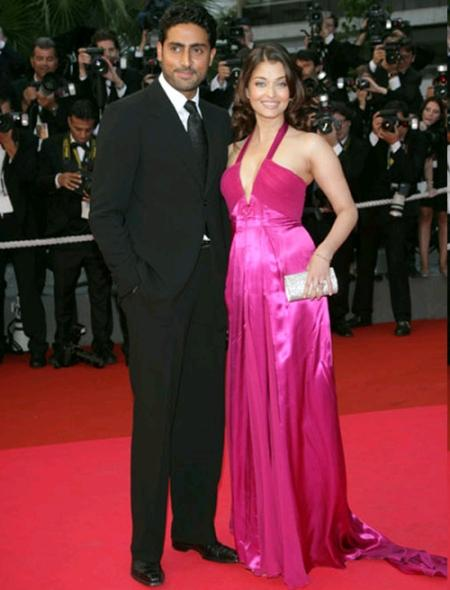 Aishwarya Rai and Abhishek Bachchan Latest Still On Red Carpet