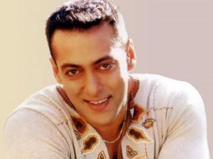 Salman Khan Smiling Pics