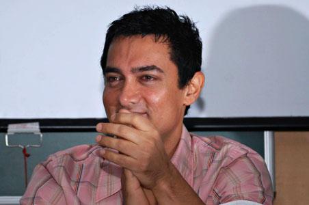 Aamir Khan Sweet Smile Pic