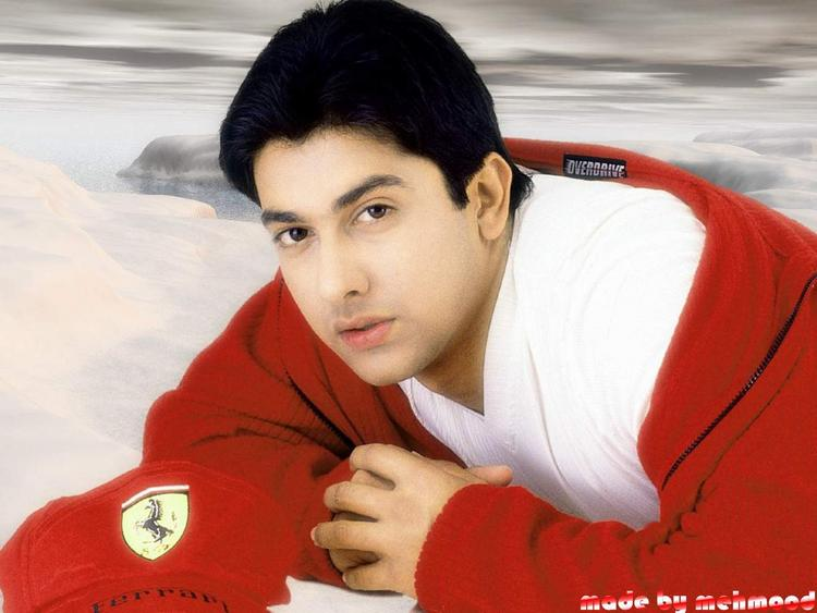 Handsome Aftab Shivdasani Cute Look Pics