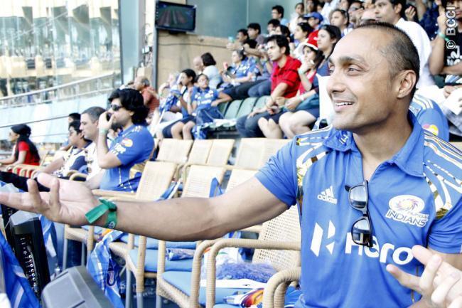 Rahul Bose Spotted at Mumbai Indians VS Chennai