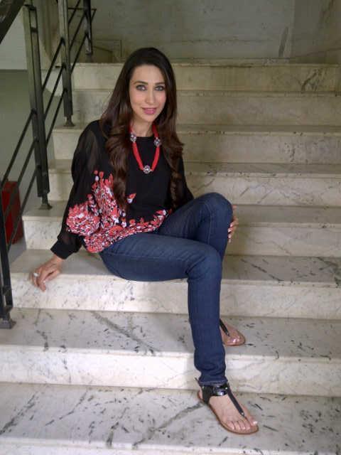 Hot Karishma Kapoor Promotes Dangerous Ishq