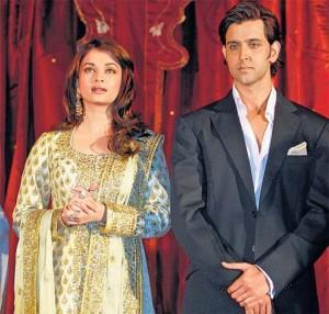 Hrithik Roshan and Aish Nice Look Still
