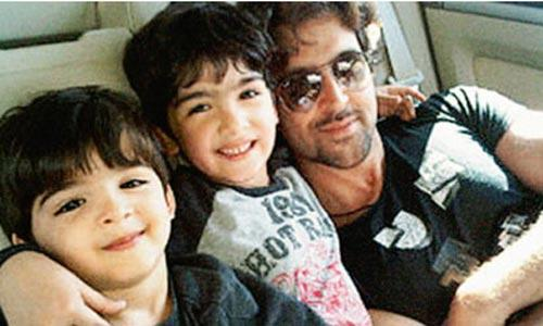 Hrithik Roshan With Kids