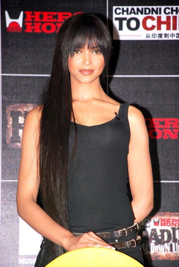 Deepika Padukone Chandni Chowk To China Hair Style Pic